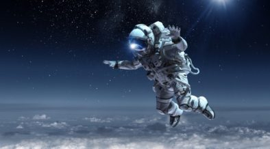 ასტრონავტი კოსმოსში