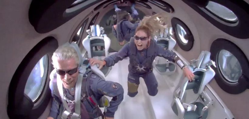როჩარდ ბრენსონი, პირველი მილიარდერი, რომელმაც საკუთარი რაკეტით კოსმოსში იმოგზაურა